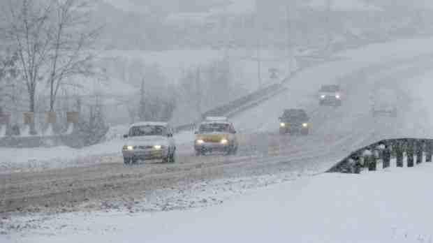 METEO: Încep ninsorile în toată ţara