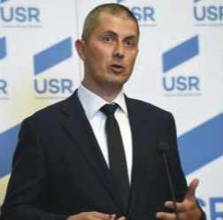 Barna (USR): Domnii Dragnea și Tăriceanu confundă Parlamentul cu propriile partide