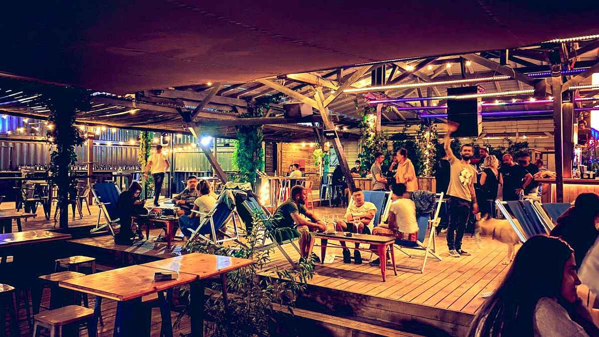 Club Expirat - Vama Veche. foto: facebook