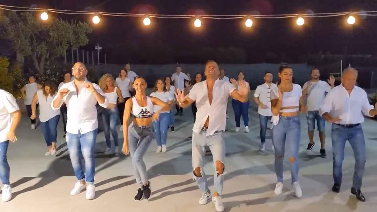 """Jerusalema Challange - Dansul devenit viral pe rețelele sociale - """"Jerusalema"""" adună milioane de vizualizări"""