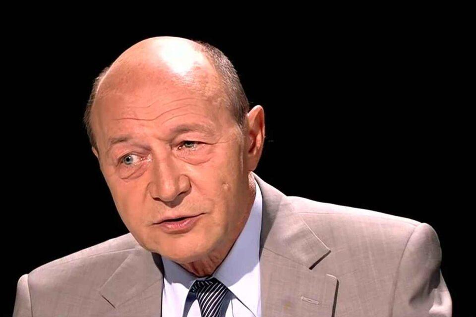 Traian Băsescu: Păcănele și stare de URGENȚĂ! Românii cred mai mult ce le spune Sputnik decât ce le spune Guvernul