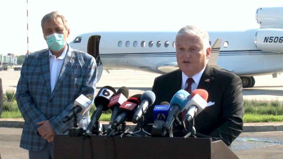 Adrian Zuckerman, ambasadorul SUA, dezamăgit total de Ciolacu