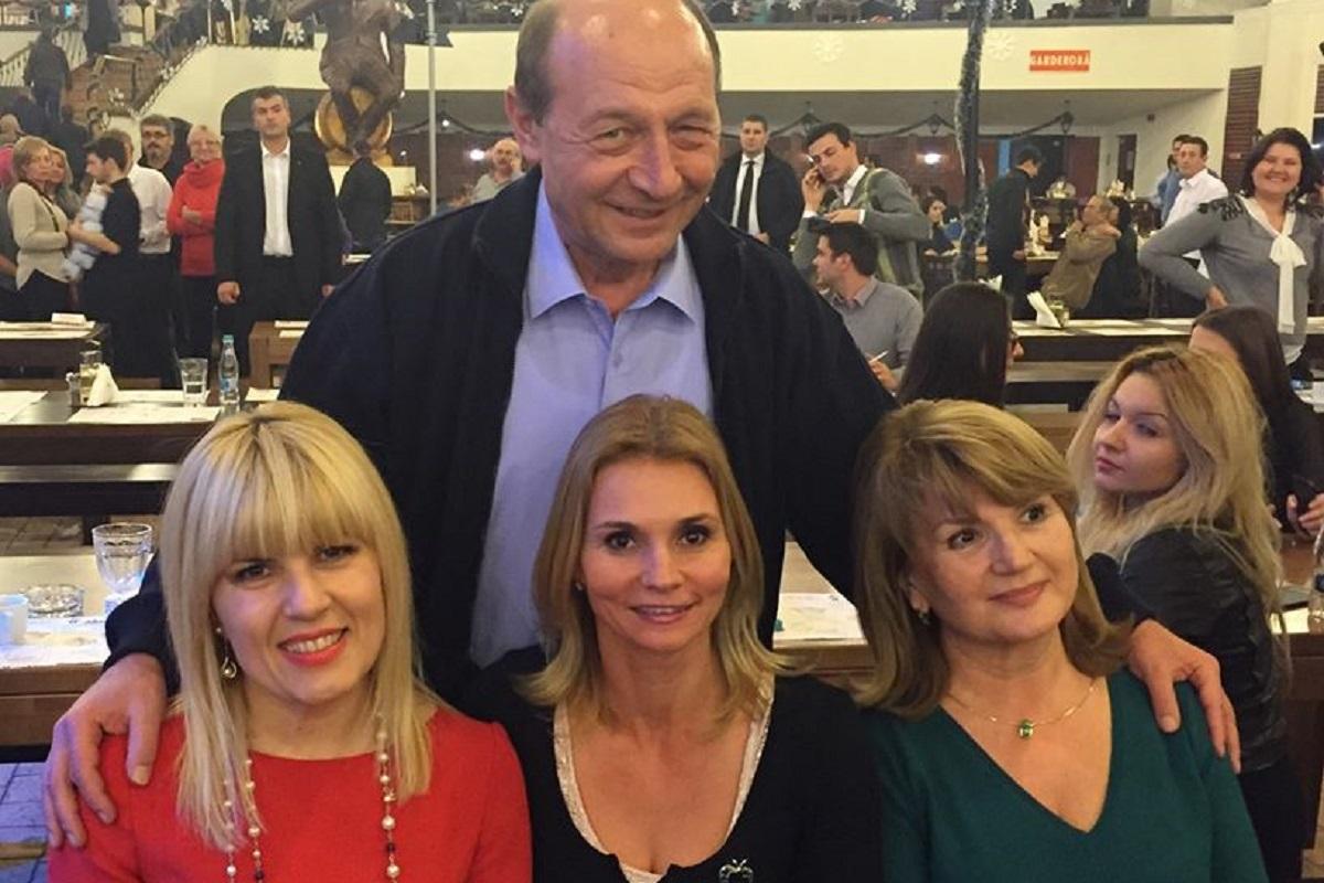 Candidatura lui Traian Băsescu îi trezește amintiri plăcute lui Elena Udrea: Se face din nou politică în România!