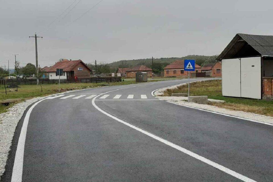 Peste 1.200 de drumuri de interes local şi judeţean, propuse pentru modernizare prin Compania Naţională de Investiţii