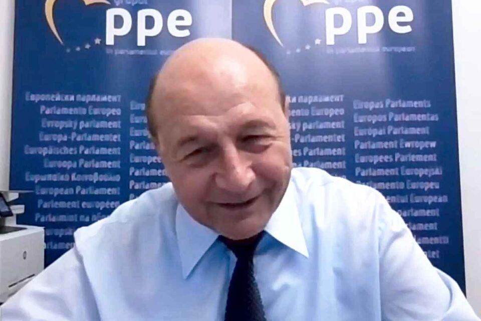 """Strategia lui Băsescu îi dărâmă pe Nicușor Dan și Gabriela Firea. Ce se va întâmpla """"în zece zile..."""""""