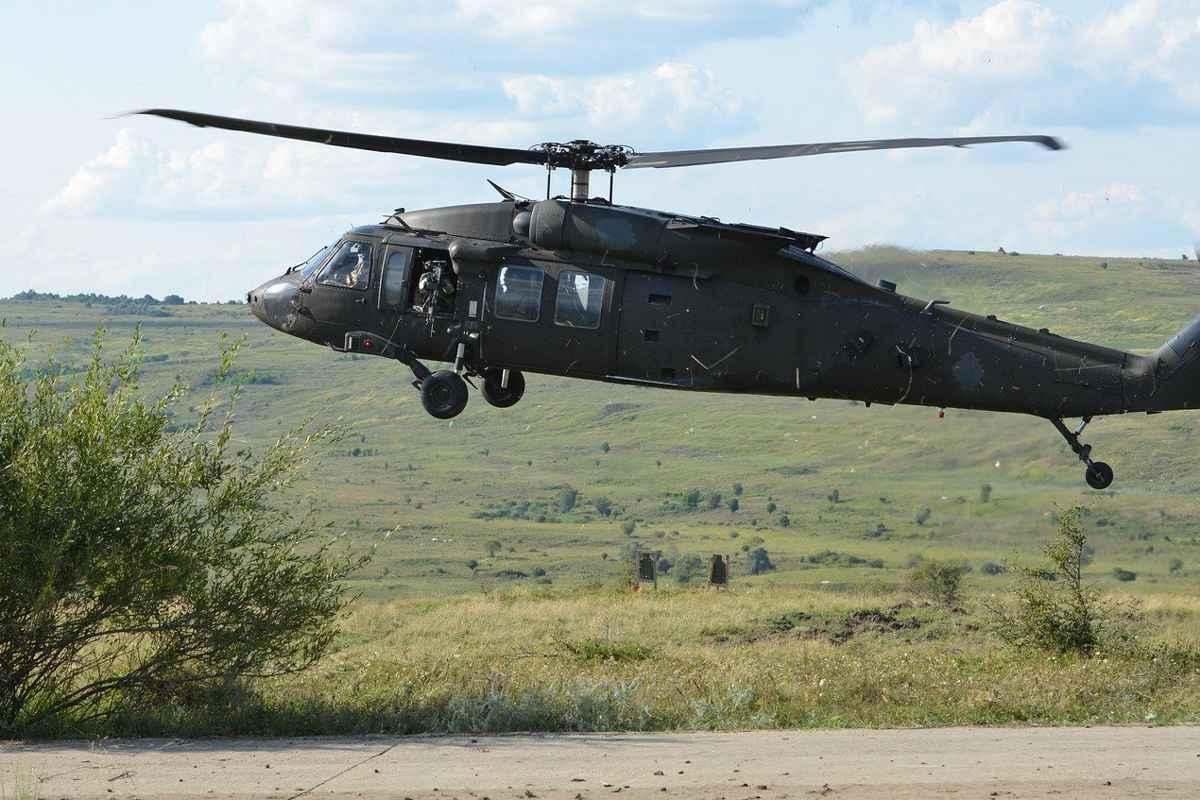 Elicoptere Black Hawk în România