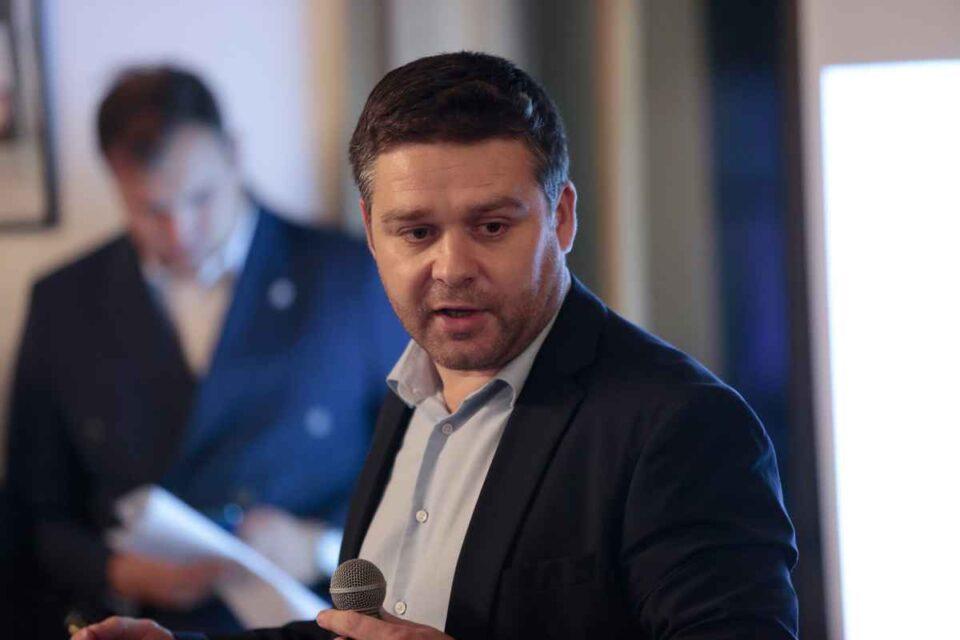 """Ciprian Ciucu: Sunt ales, nu sunt instituit. El explică de ce primăriile sunt """"amorțite"""""""