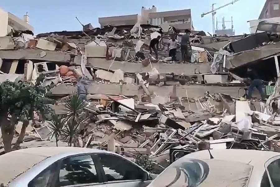 Seism de 6,6 grade pe scala Richter în largul insulei greceşti Samos, soldat cu pagube, inclusiv la Izmir, în Turcia - VIDEO