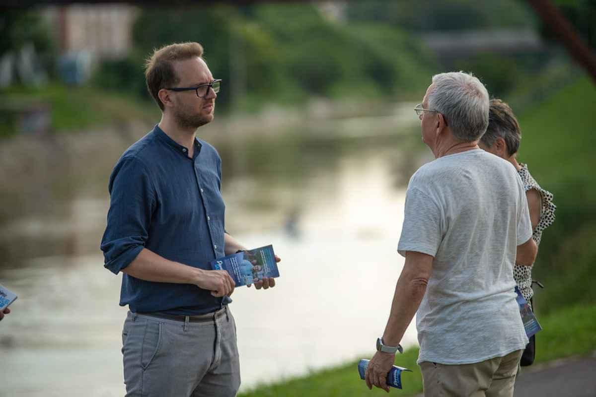 Primarul ales al Timişoarei, Dominic Fritz, a ieşit din izolare