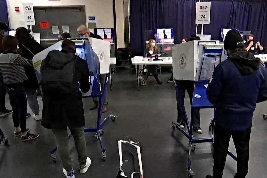 ALEGERI SUA - Cum funcţionează alegerile prezidenţiale americane: sufragiu universal indirect, mari electori