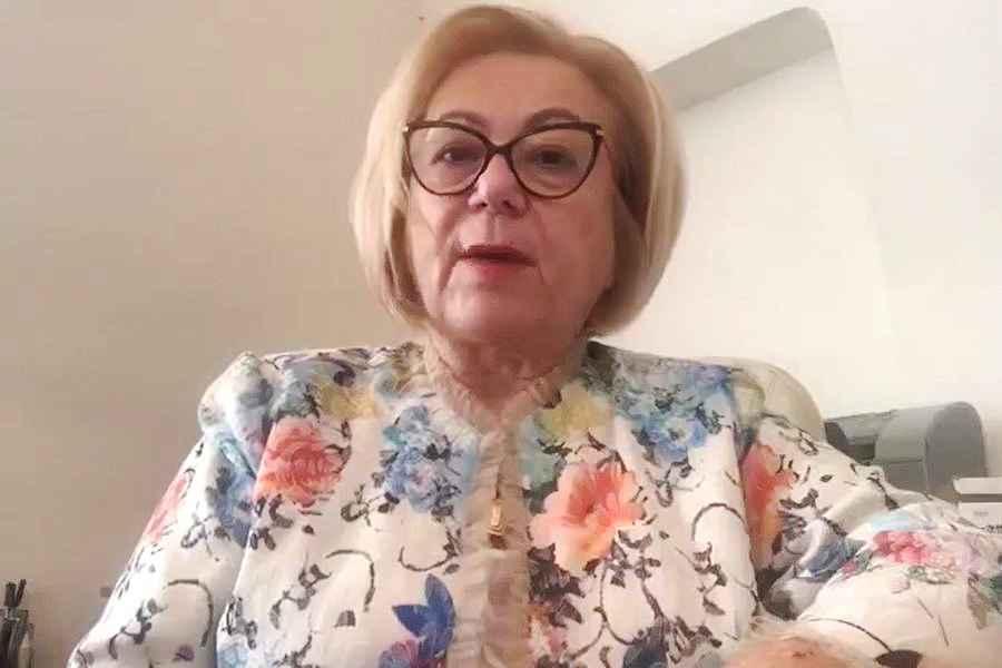 Carmen Dorobăţ, managerul Spitalului de Boli Infecţioase Iaşi, condamnată la trei ani de închisoare