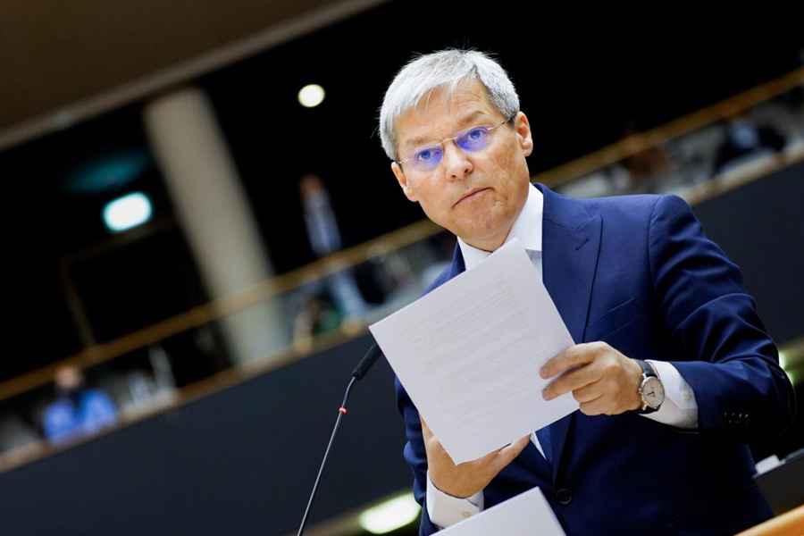 Cioloș anunță că USR-PLUS nu va continua guvernarea cu Florin Cîțu premier