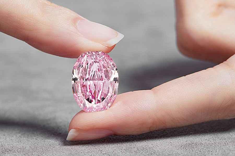 The Spirit of the Rose, diamant roz de 14,83