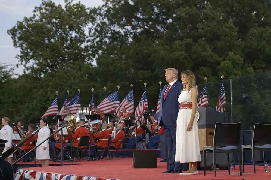 Trump, primul discurs public după anunțarea înfrângerii. Sâmbătă, mitingul susținătorilor săi la Washington
