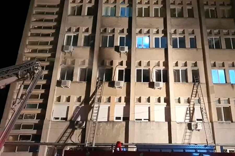 Incendiu la secția ATI – Spitalul Județean Piatra-Neamț. Șapte morți