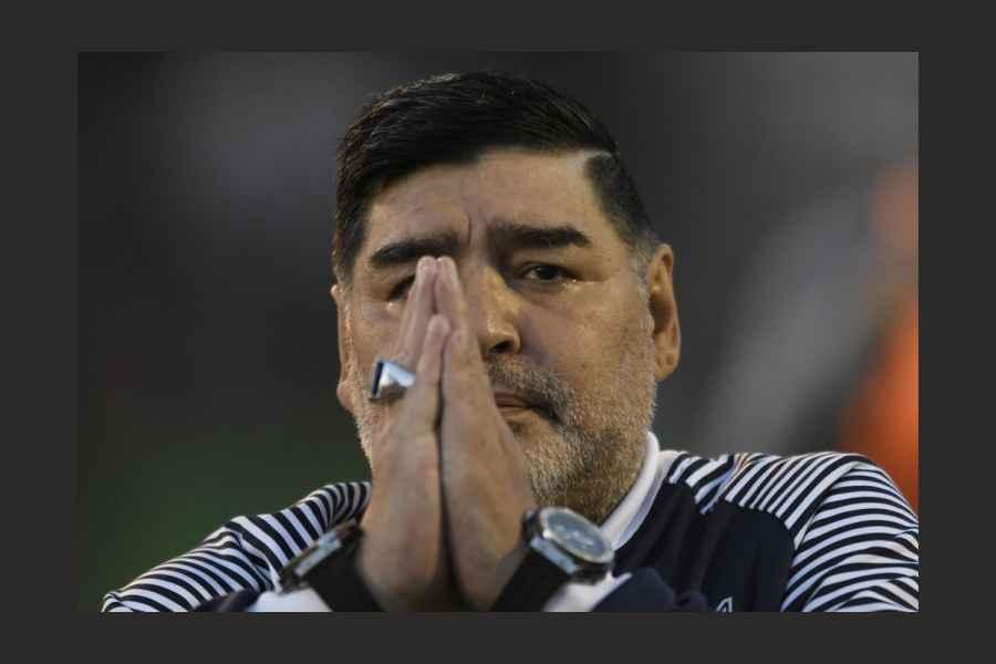 Argentina ține trei zile de doliu naţional, după ce Maradona a murit