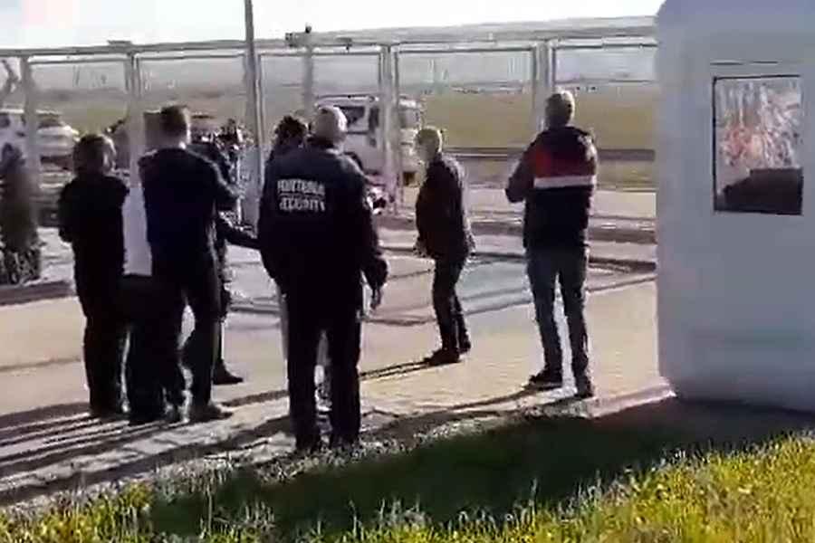 Maricel Popa,, fostul șef al Consiliului Județean Iași și lider al PSD Iași, a fost evacuat din incinta spitalului mobil de la Lețcani