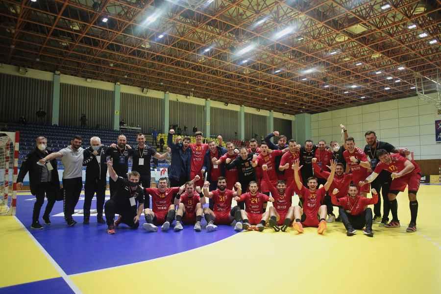 """Handbal masculin - Victorie mare pentru """"tricolori"""" contra Muntenegrului! Am marcat și cu portarul"""