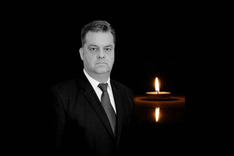 Adrian Apostol a fost comisar şef al Biroului de Investigaţii Criminale din cadrul Poliţiei Municipiului Focşani.
