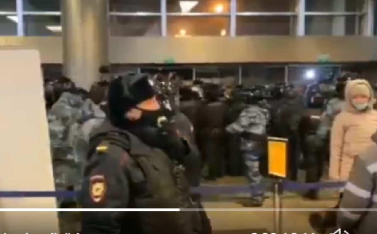 Alexei Navalnîi, a ajuns în Rusia! Avionul său a aterizat pe alt aeroport decât cel programat