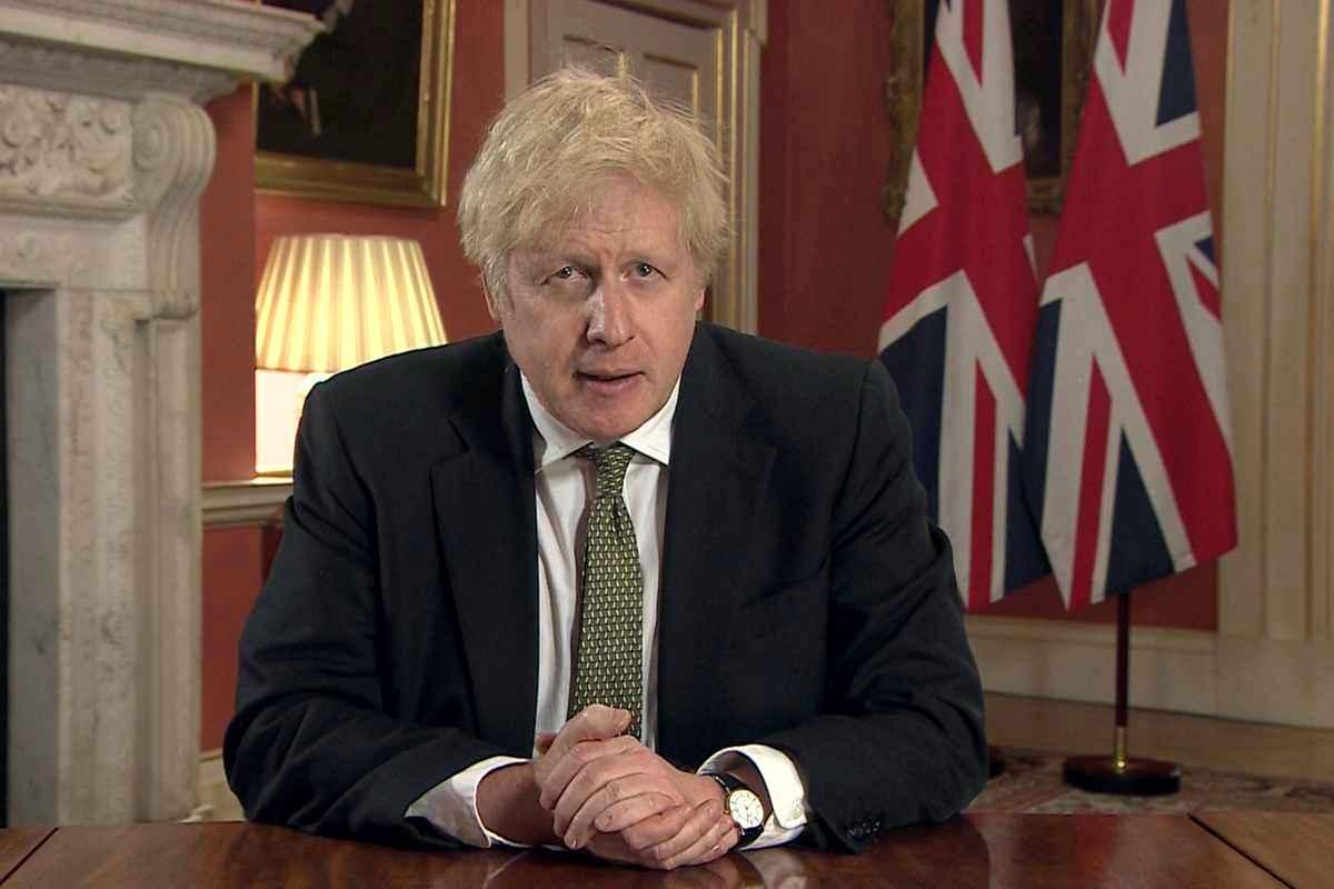 """Marea Britanie intră în lockdown! Boris Johnson: Săptămânile următoare vor fi """"cele mai grele de până acum"""""""