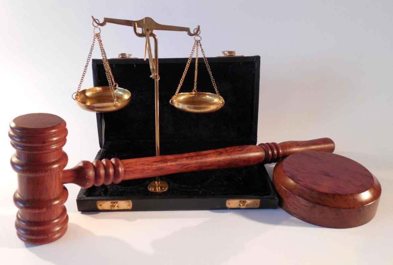 Ministrul Justiției a pus gând rău condamnaților fugiți din țară și îi vrea pe toți înapoi