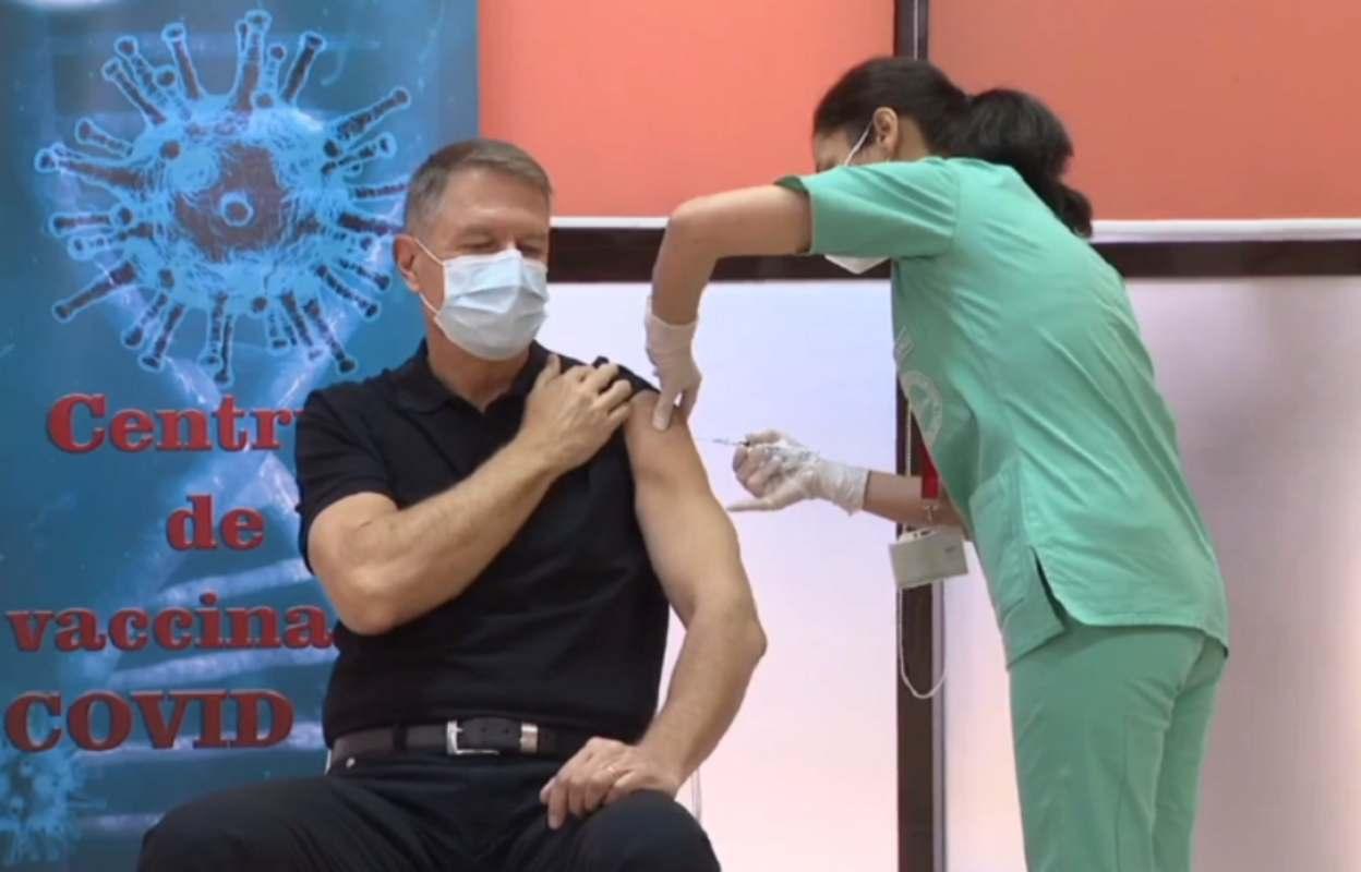 Iohannis, după ce s-a vaccinat anti-COVID: Vaccinul este sigur, eficient şi recomand tuturor vaccinarea