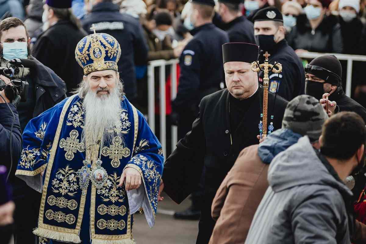 Slujba de Bobotează - Plângere penală împotriva ÎPS Teodosie. Reacția Arhiepiscopiei Tomisului