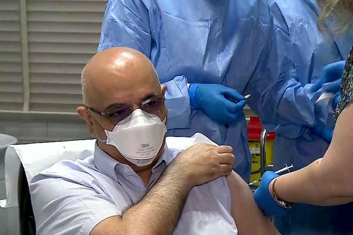 Raed Arafat, șeful DSU, s-a vaccinat anti-COVID: Nu am recomanda oamenilor să se vaccineze, dacă noi nu ne-am vaccina