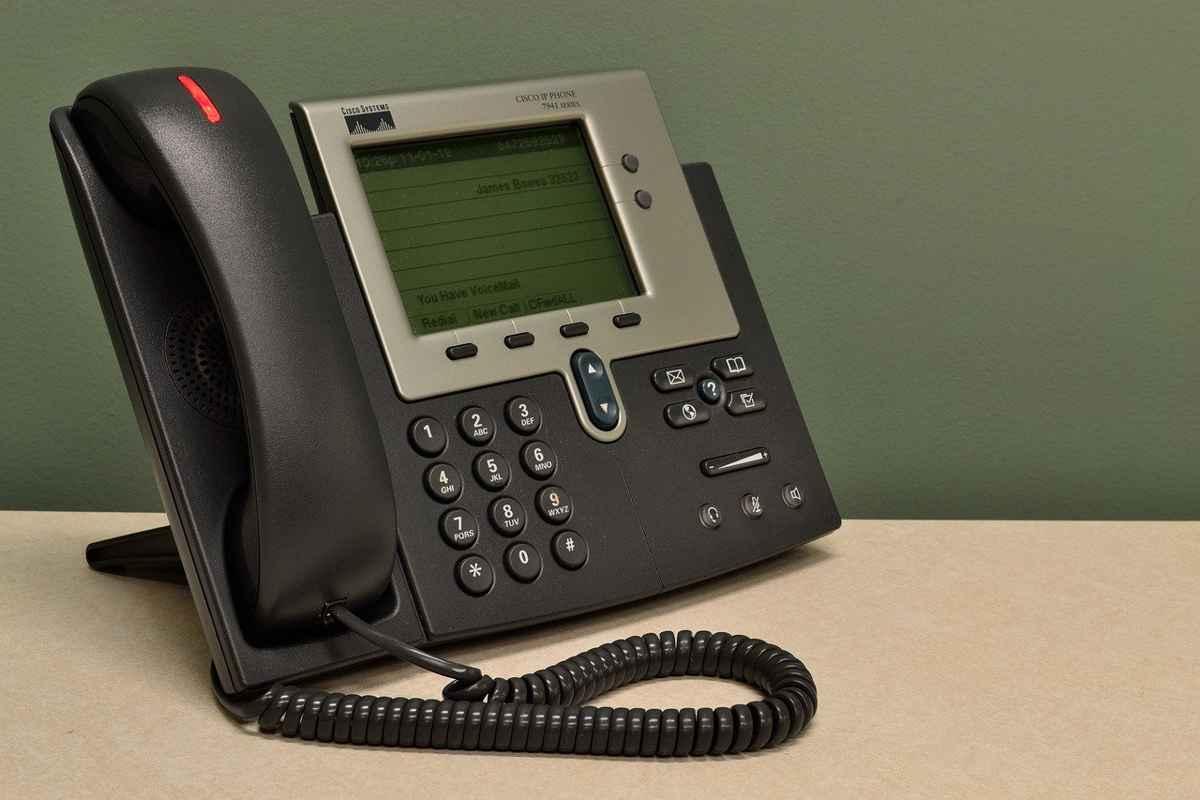 ANRE înfiinţează un call-center dedicat procesului de schimbare a furnizorului de energie