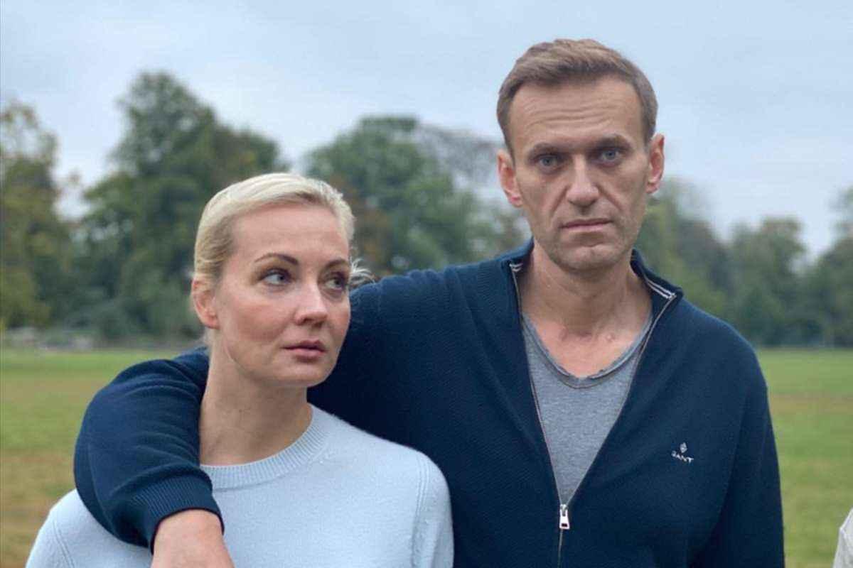 Yulia, soția căreia Navalnîi i-a spus că îi datorează viața