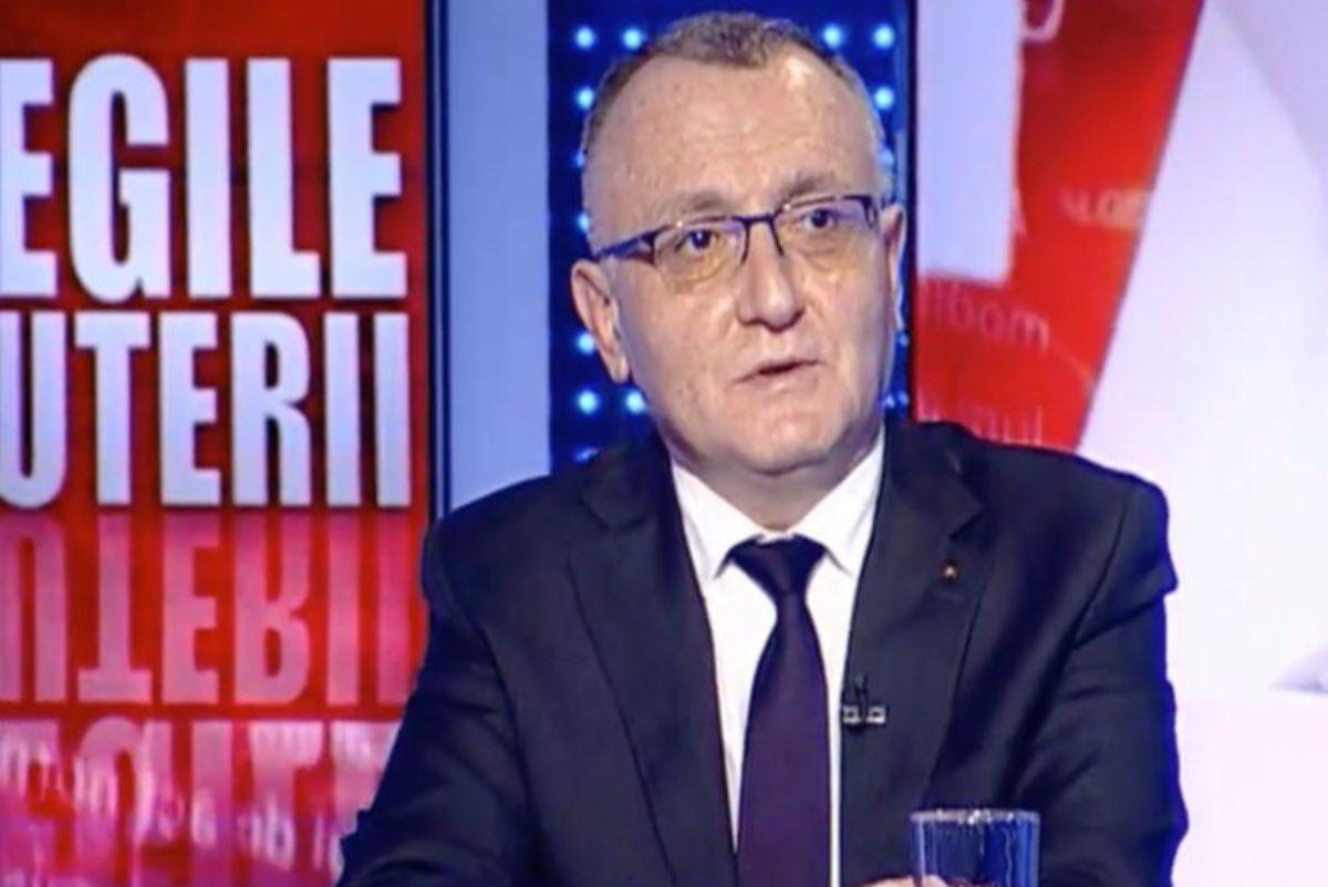 Iohannis îl bagă în ședință pe Cîmpeanu