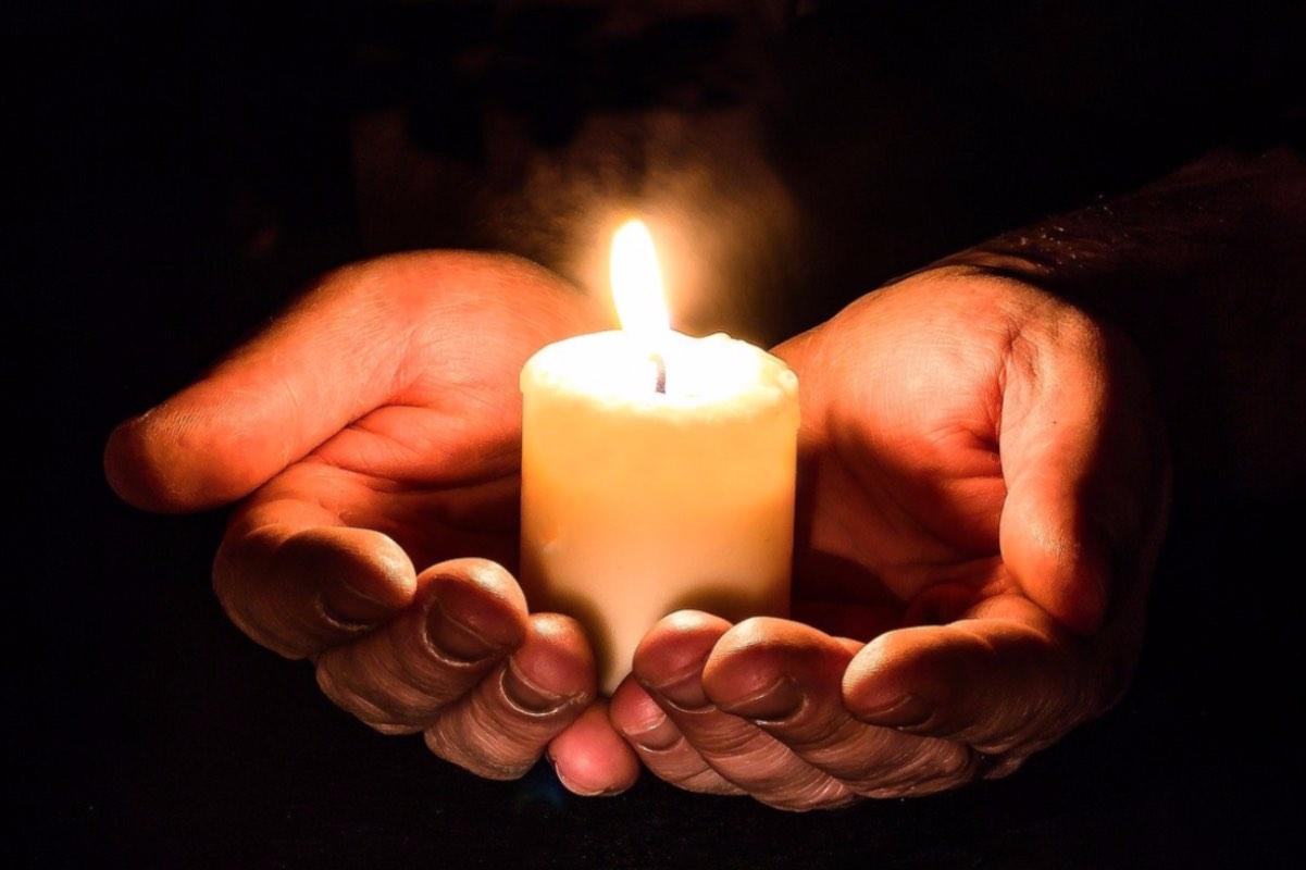 A mai decedat un pacient transferat în urma incendiului de la Balș. Numărul moților a ajuns la 15