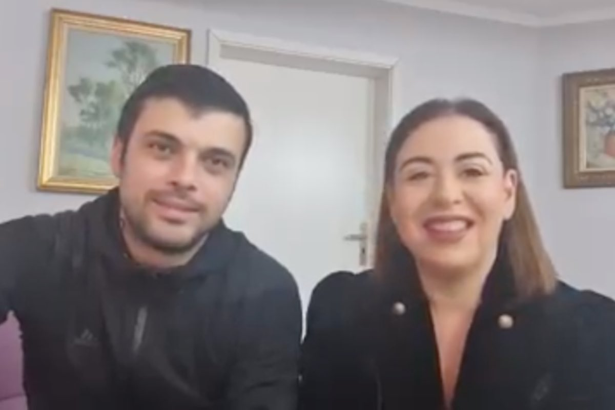 Oana Roman și Marius Elisei au divorțat, amiabil, la notar