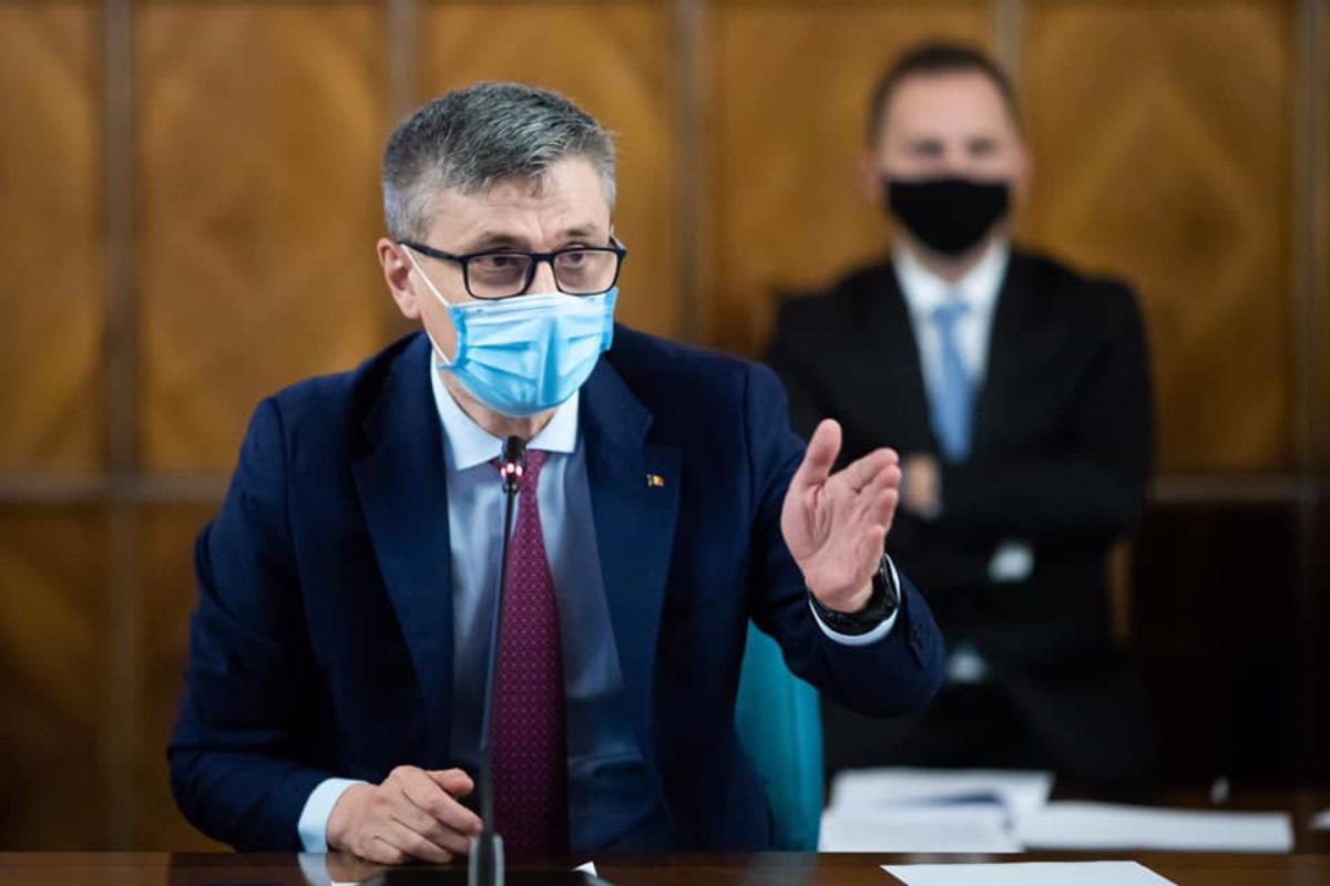 """Virgil Popescu vrea să identifice """"o soluție pe termen lung"""" pentru minerii din Valea Jiului"""