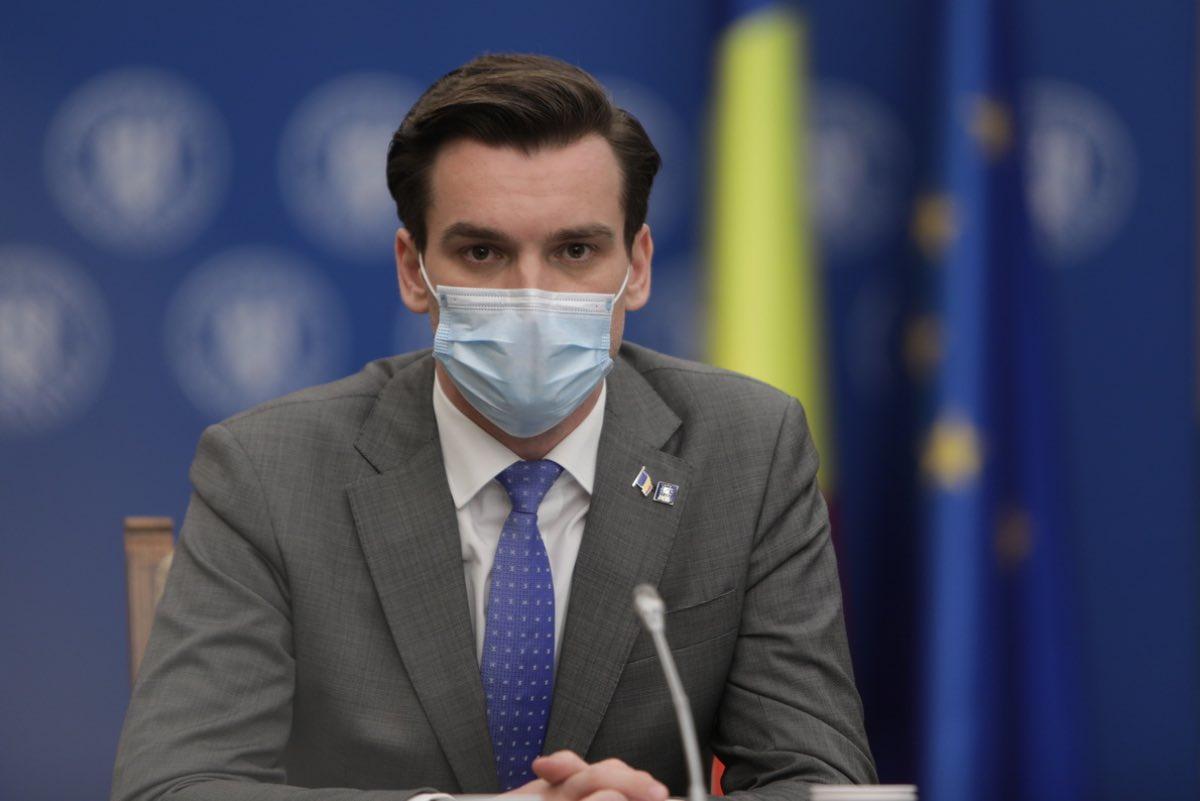 Secretarul de stat Andrei Baciu anunță că, până acum, s-au pierdut 5.074 de doze de vaccin