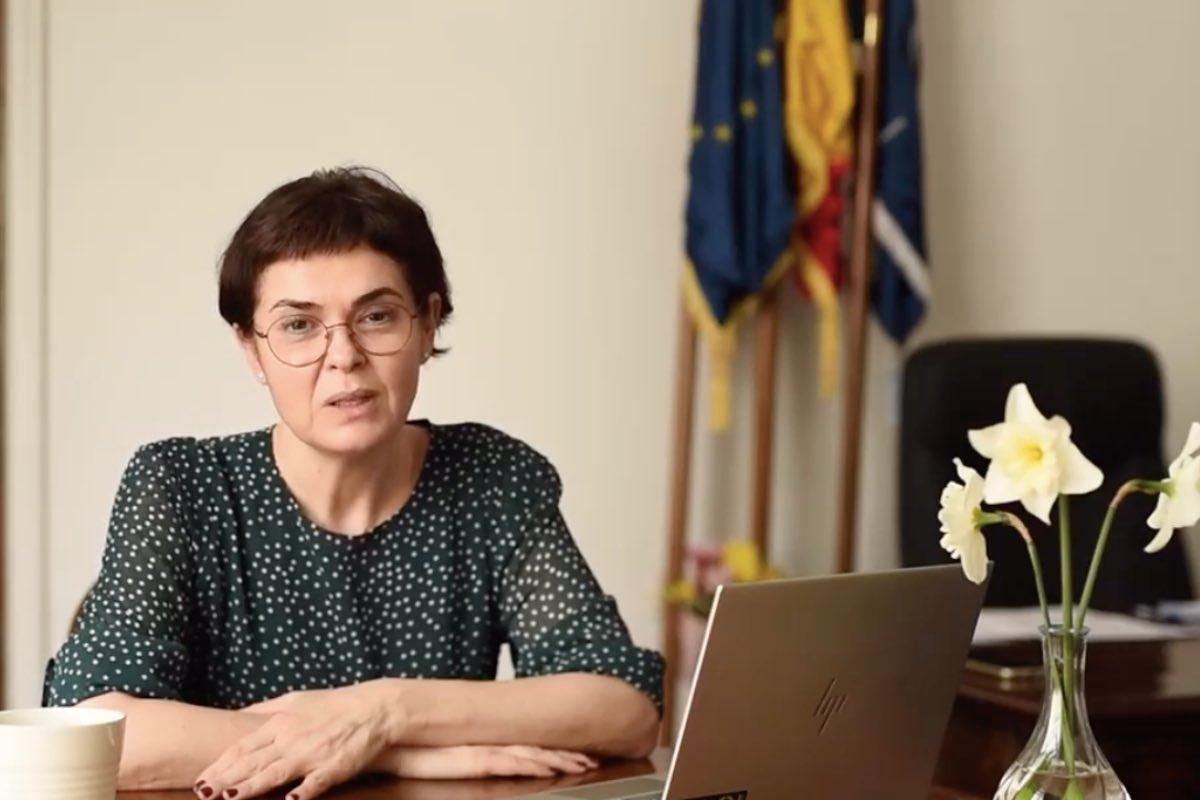 Andreea Moldovan trage un semnal de alarmă: Circa 90 de copii, infectați cu COVID, sunt internați în spitale, iar cinci sunt intubați