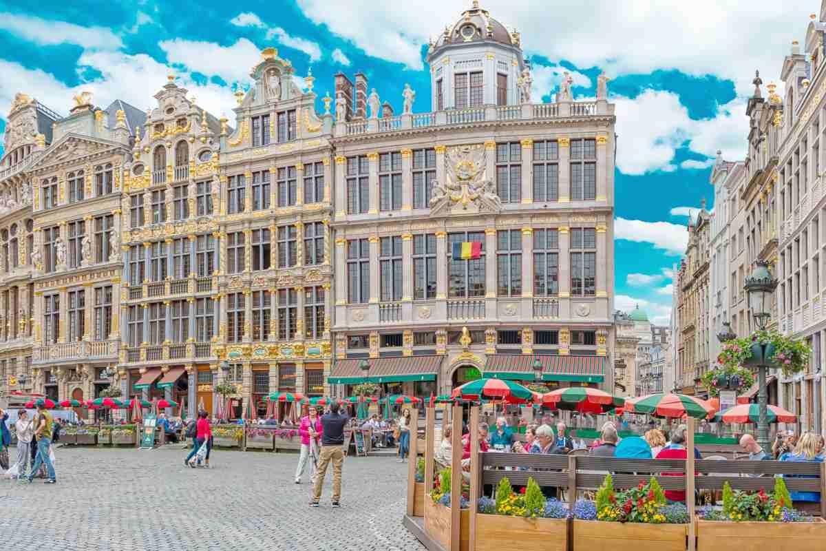 Obligată de un tribunal, Belgia TREBUIE să ridice toate măsurile de restricție
