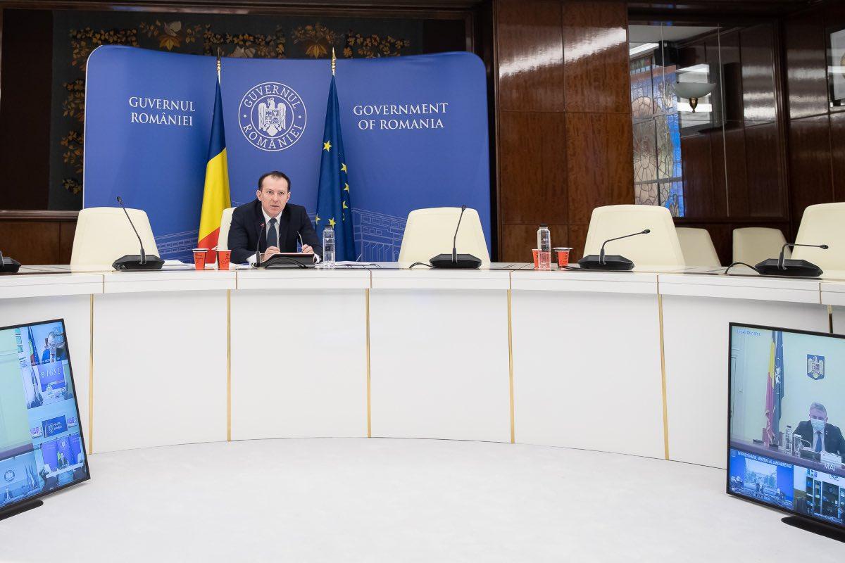 Cîţu afirmă că îi înțelege pe români, că au obosit, după un an de pandemie