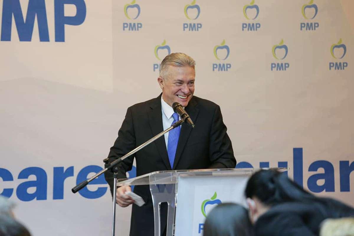 Cristian Diaconescu, ales preşedinte al Partidului Mişcarea Populară