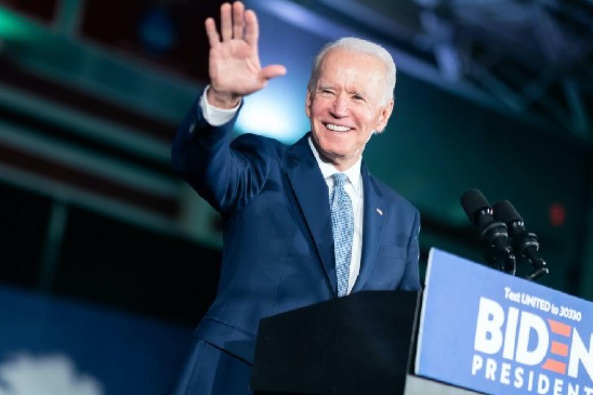 Biden cere accelerarea vaccinării și speră în revenirea la normalitate până de Ziua Independenței