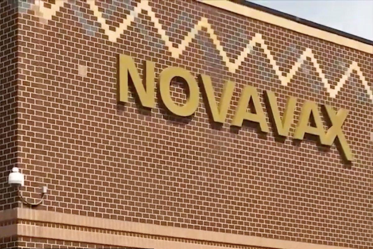 Novavax vrea să-și autorizeze vaccinul anti-COVID în Marea Britanie și SUA