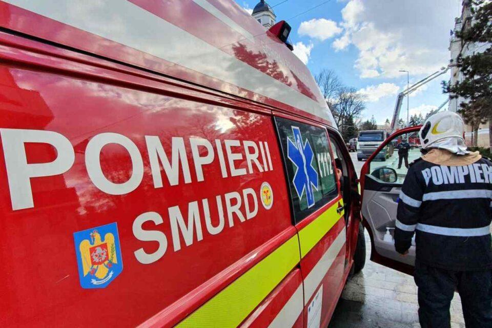 Incendiu la un spital din Craiova. Medicii au sărit pe geam