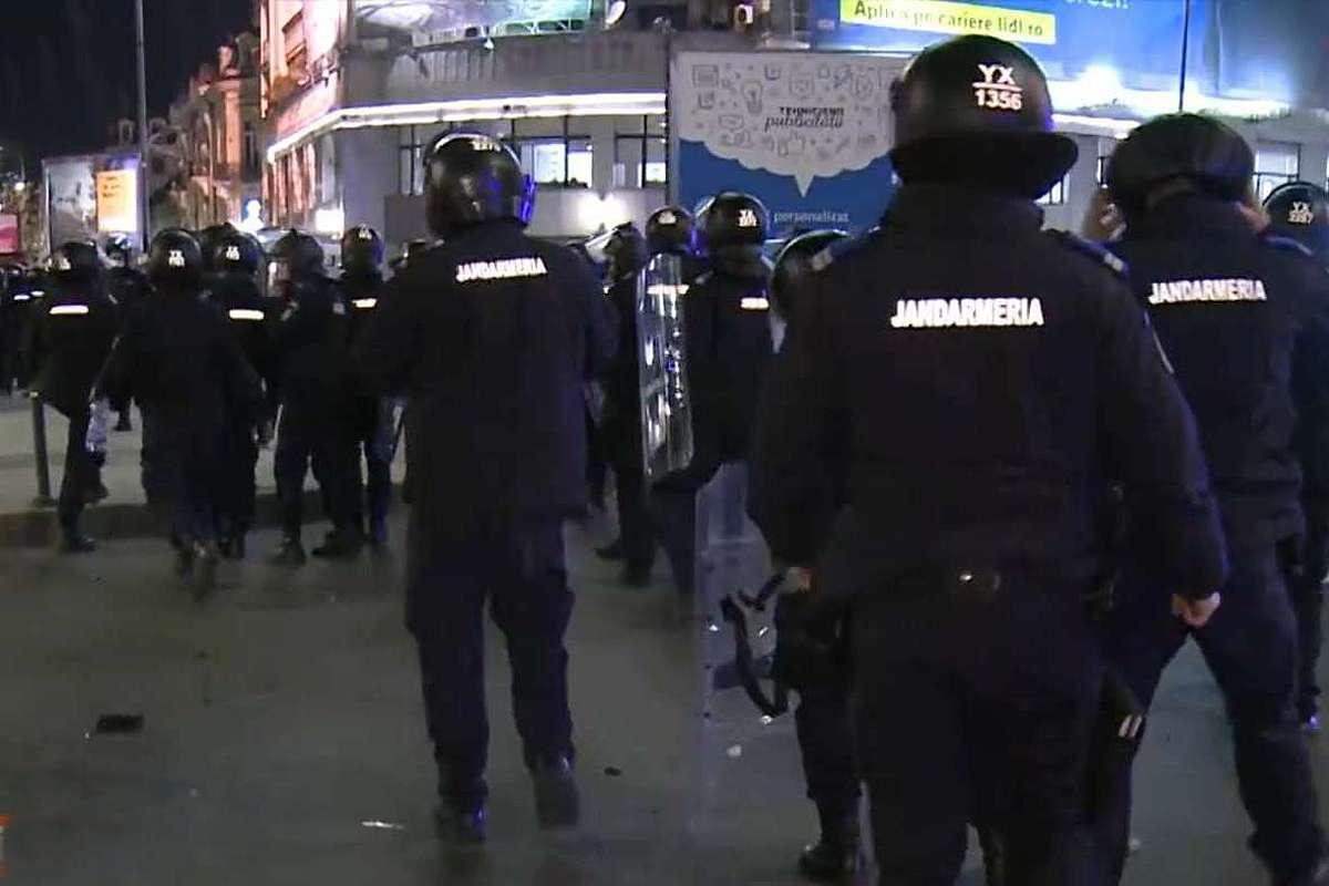Protest Bucuresti. Interventie jandarmi