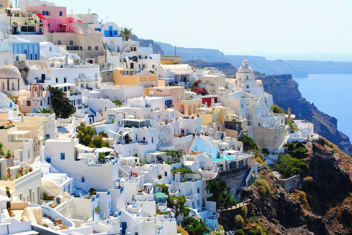 Condițiile pentru turiştii care vor să-și petreacă vacanța în Grecia