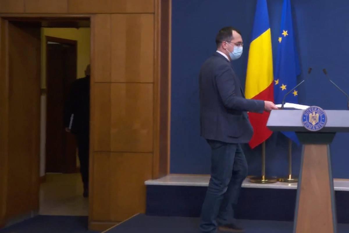 Vlad Voiculescu: S-a decis eliminarea sintagmelor spital Covid și spital non Covid