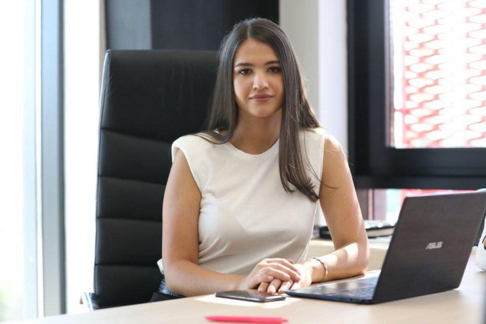 """Andreea Cornea, moștenitoarea unei importante companii românești, la """"Șef sub acoperire"""""""