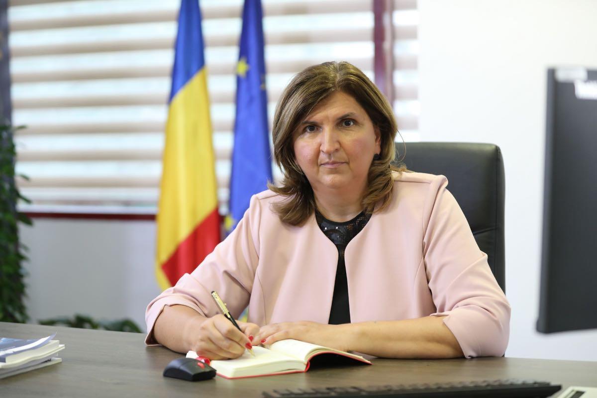 """Protagonista următorului episod """"Șef sub acoperire"""", Corina Popescu, Director General Electrica!"""