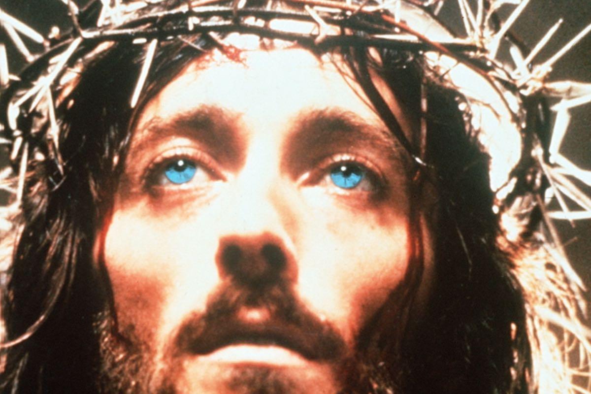 "Antena 1 difuzează mini seria ""Iisus din Nazareth"""