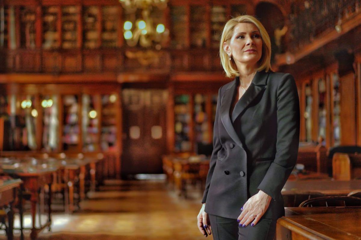 Alessandra Stoicescu, interviu, în Săptămâna patimilor, cu preotul Vasile Ioana